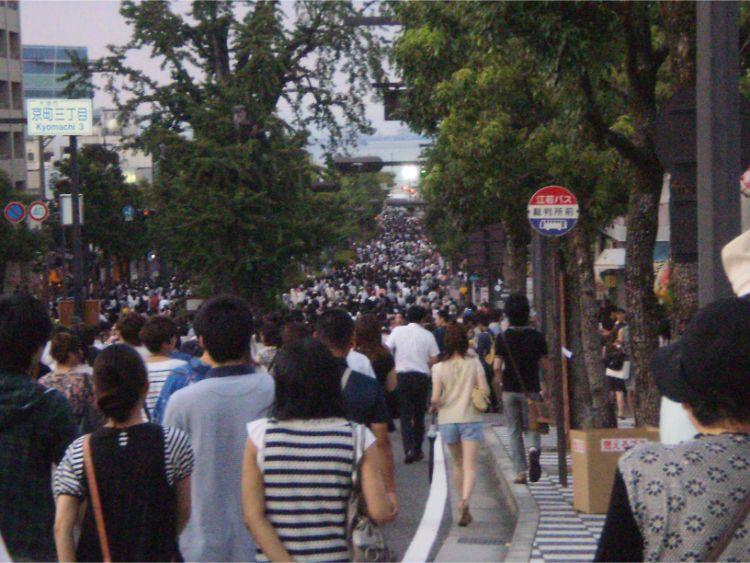 びわ湖花火大会の日の京町3丁目付近