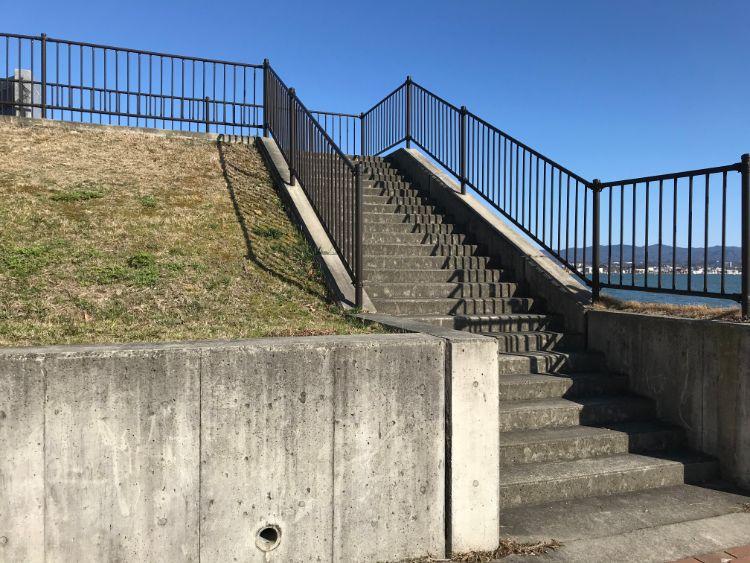 近江大橋階段