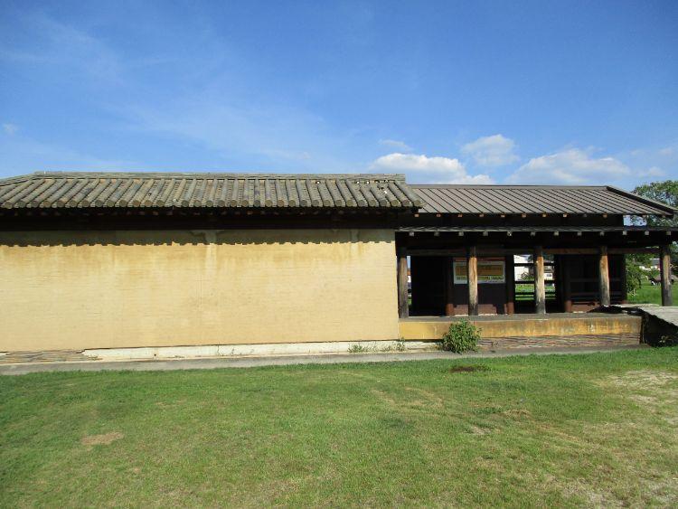 近江国庁築地塀