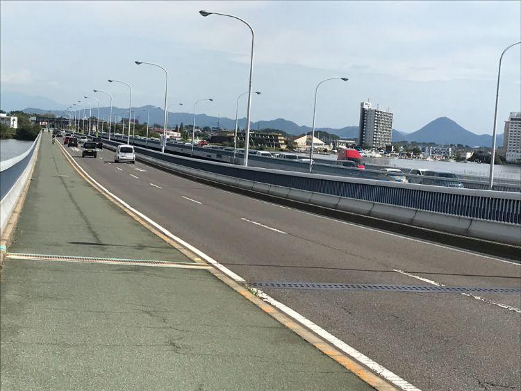 琵琶湖大橋における2つの橋