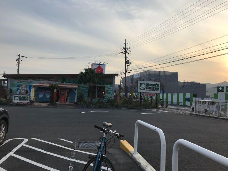 コナズ珈琲大津店の外観