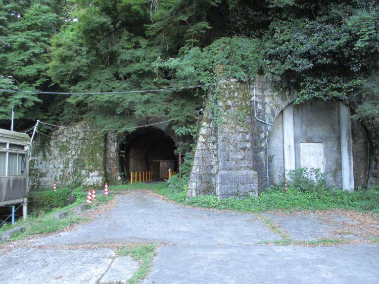 旧逢坂山隧道東口