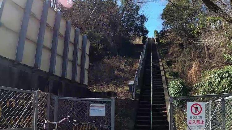 大津サービスエリア階段