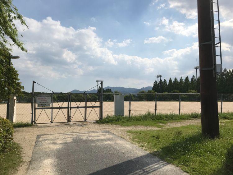 矢橋帰帆島公園のグラウンド