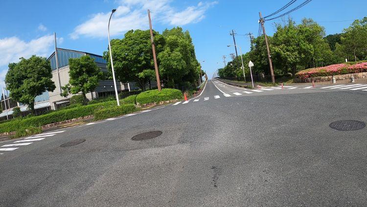 帰帆島への道路