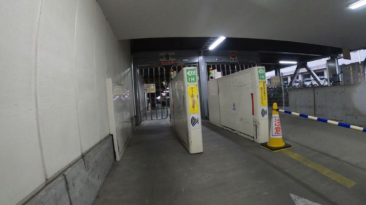 南草津駅東口駐輪場ゲート