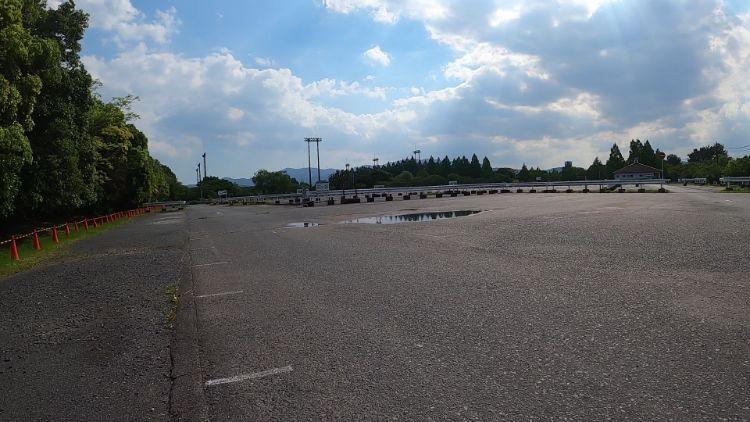 矢橋帰帆島公園駐車場