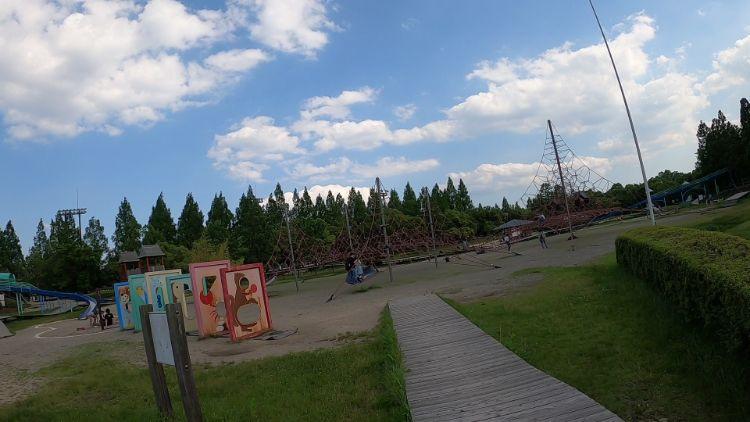 矢橋帰帆島公園の遊具