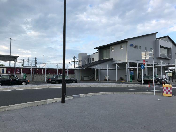 稲枝駅東口ロータリー