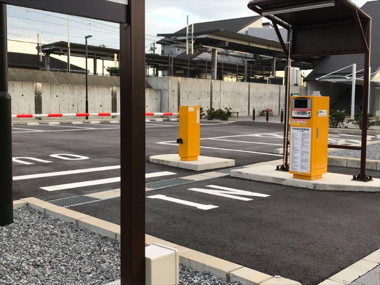 稲枝駅西口駐車場