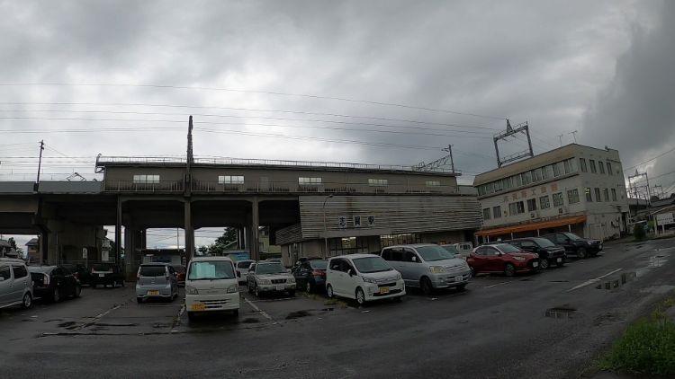 志賀駅西側